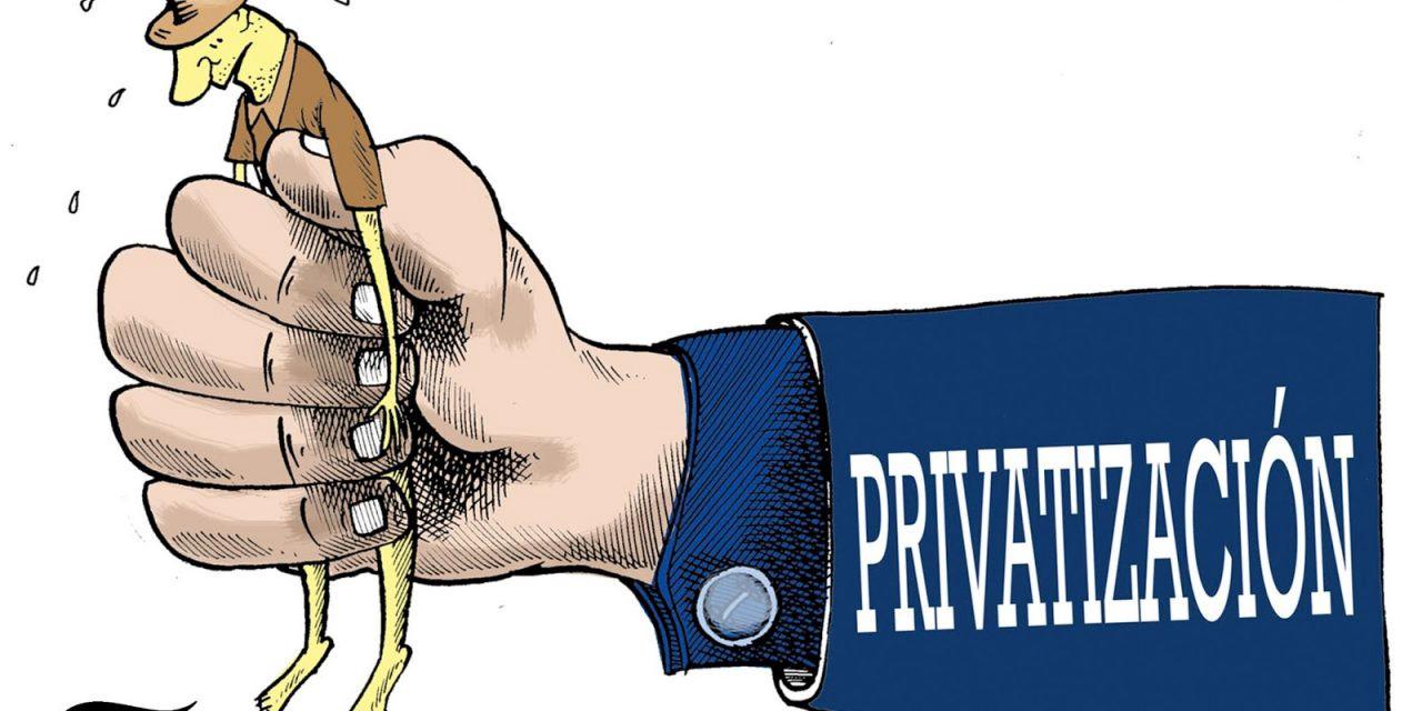 Privatizaciones y derechos humanos   by Patricio Benalcázar Alarcón    Retazos de Dignidad   Medium